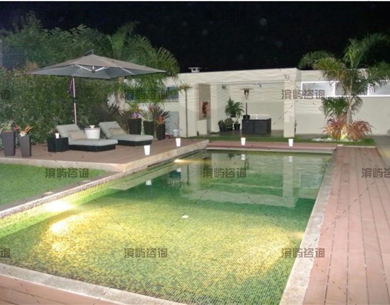 葡萄牙波尔图4层4房豪华别墅 93万欧