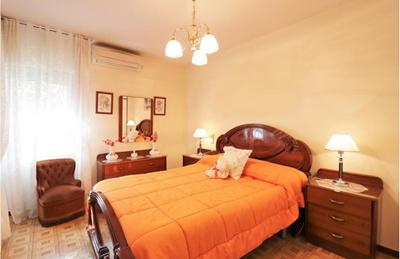 马德里房产:南部生活区2室 75㎡ 12.8万