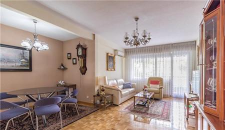 马德里房产:中央商务区圣彼利亚4房 53.8万