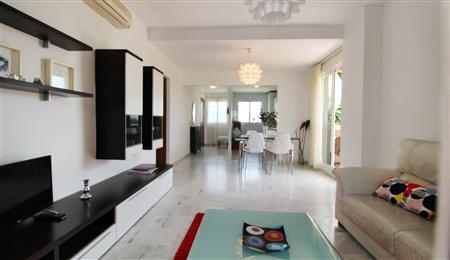 马拉加梅拉达高尔夫海边公寓 29.8万欧