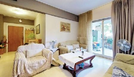 希腊雅典北部阿玛鲁西2房公寓