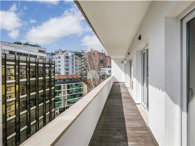 葡萄牙豪华房产3:里斯本自由大道附近大4房 精装