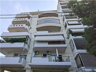 希腊买房移民:雅典法里奥海滨公寓103平米2居室 次新房