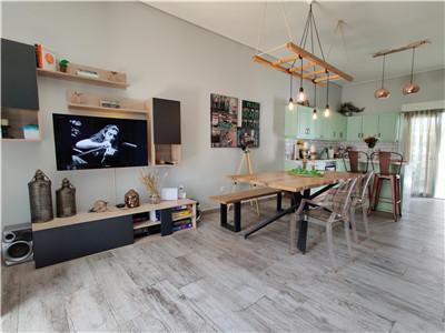 雅典南部富人区Elliniko旁精装3房民宿公寓