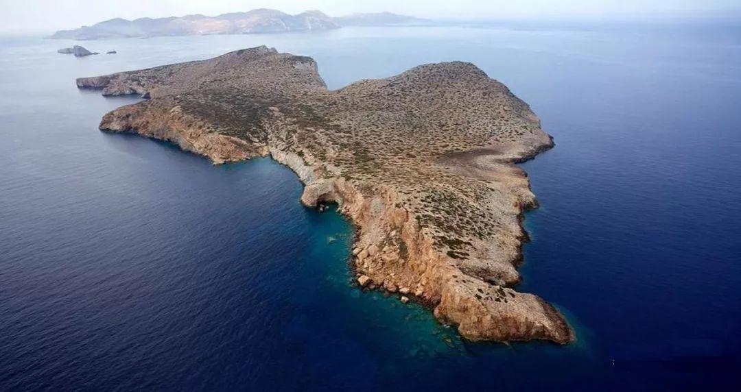希腊海岛出售
