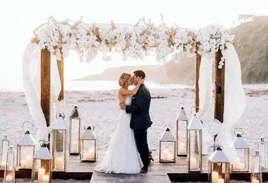 你想拥有一个梦幻婚礼吗?BookYourWeddingDay可以帮到你