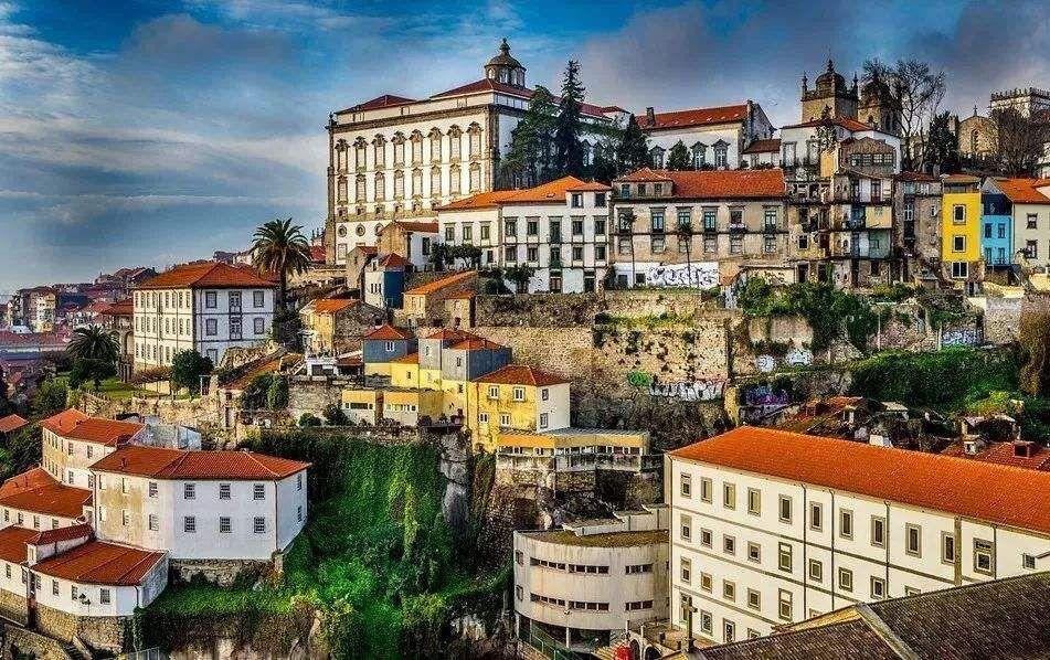 移民葡萄牙条件介绍  移民时还有哪些必要花费