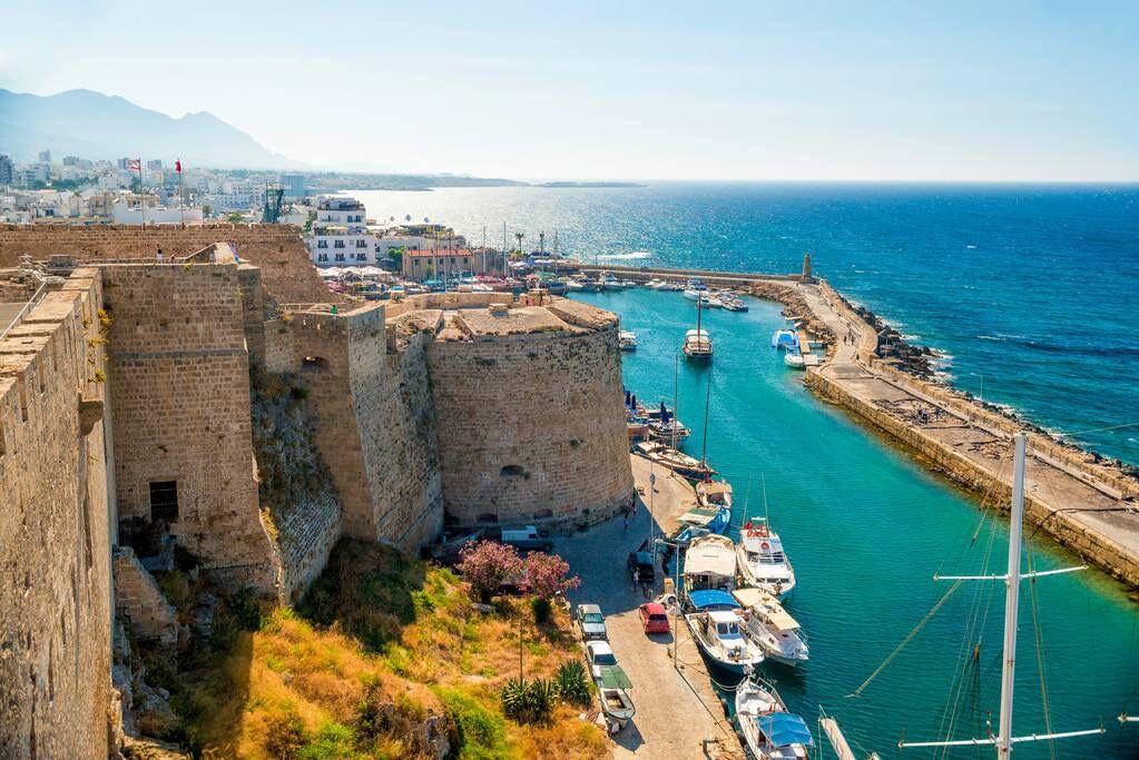 塞浦路斯购房移民办理  为何富豪们都选择该国