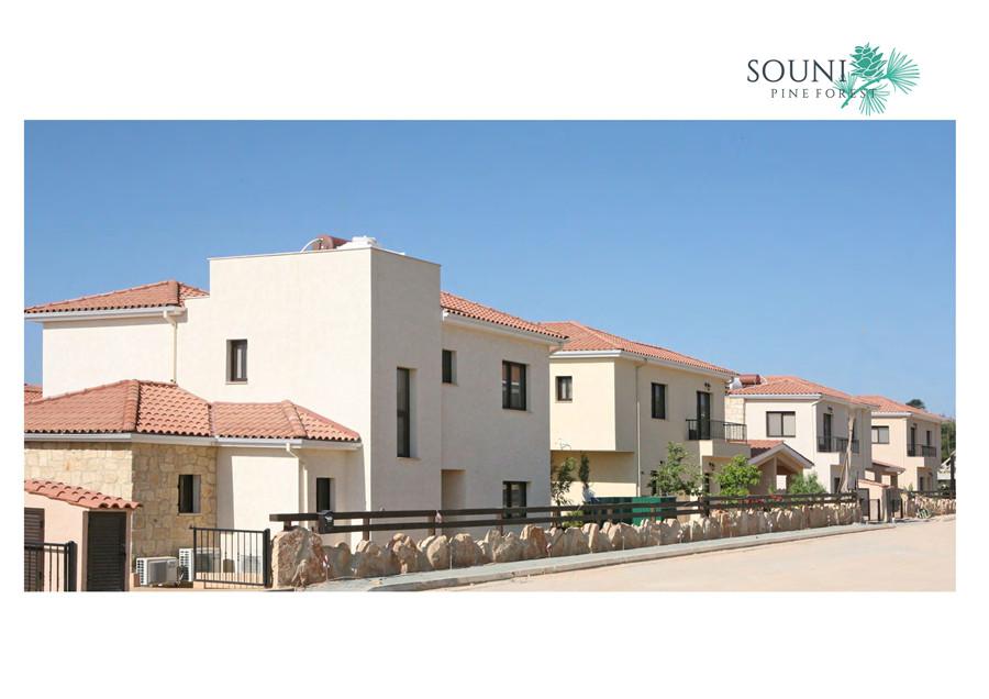 塞浦路斯房产:利马索尔别墅 3房带泳池 30万欧